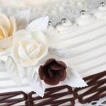 tort nr 1 - owocowy otulony bitą śmietaną foto