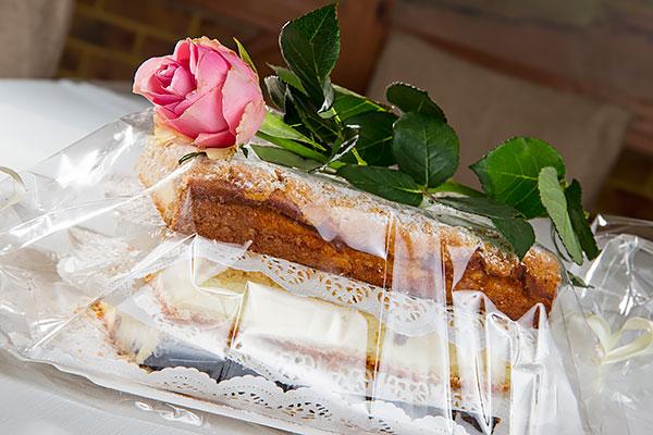 Tylko na zewnątrz Kołacz weselny - Restauracja Antek - Źlinice LC22